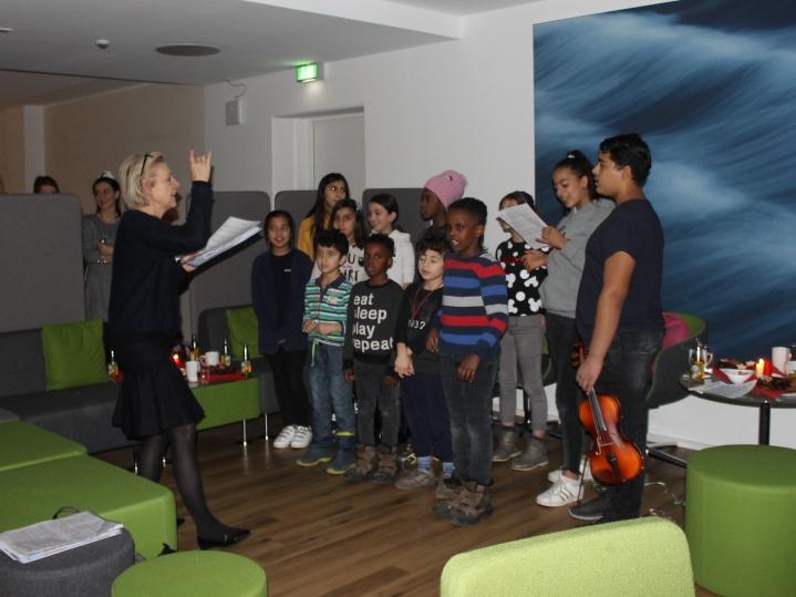 lokales Projekt 2019: Frau Dr. Jakubicka und ihr Projekt Vielharmonie mit geflüchteten Kindern und Jugendlichen